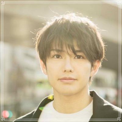 【地球征服】吉村卓也がイケメンで筋肉やキスが凄い!彼女や性格は?【画像】