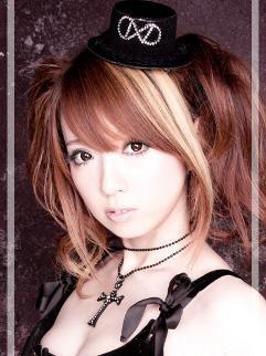 【カラオケバトル】ハナミズキがうまいかわいいアニソン歌手は水樹奈々妹のMIKA!